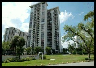 Tower-at-Biscayne-Cove